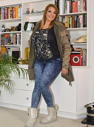 Moms Boots Porn Pictures